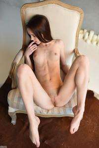 http://img272.imagevenue.com/loc250/th_648033129_tduid300163_lapsop66_123_250lo.jpg