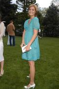 http://img272.imagevenue.com/loc361/th_27994_Mandy_Cocktail_party_for_the_Parrish_art_museum_Gala_benefit2_122_361lo.jpg