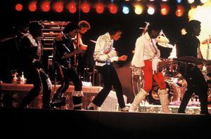 1984 VICTORY TOUR  Th_754177231_7030091071_c48156c380_b_122_374lo