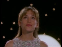 Amy Jo Johnson's final episode of Power Rangers