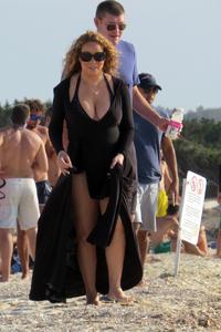 Mariah Carey - Hanging Out In Ibiza (8/16/15)