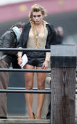 http://img272.imagevenue.com/loc460/th_86289_Billie_Piper_On_Set_of_Secret_Diary_of_a_Call_Girl_in_London8_122_460lo.jpg